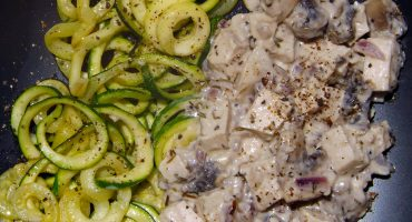 creamy chicken & zoodles